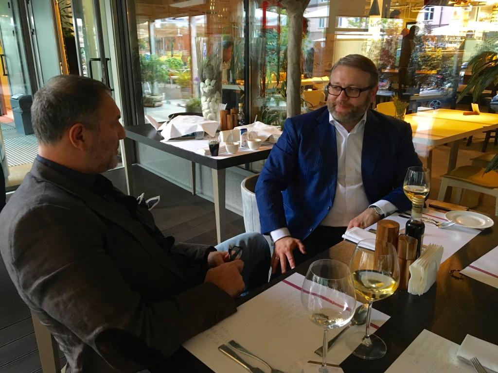 Два президента за беседой: Александр Крылов (слева) и Валентин Загария