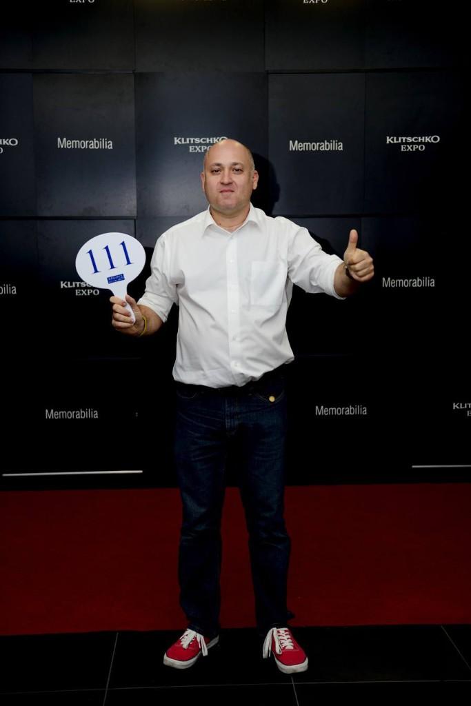 Секретарь Столыпин Клуба Сергей Коннов был одним из самых активных участников благотворительного аукциона